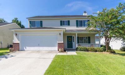 North Charleston Single Family Home For Sale: 7846 Long Shadow Lane
