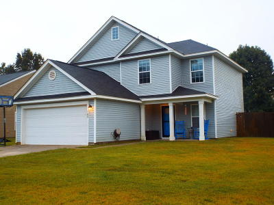 Goose Creek Single Family Home For Sale: 100 Covey Court