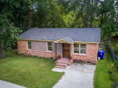 Charleston Single Family Home For Sale: 1036 Orleans Road