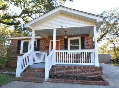 Charleston Single Family Home For Sale: 77 Avondale Avenue