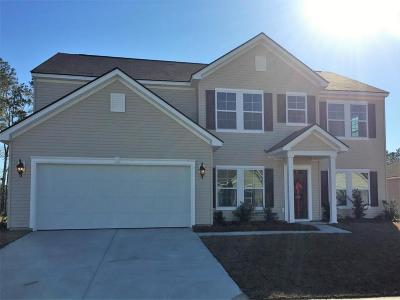 Goose Creek Single Family Home For Sale: 150 Firethorn Drive