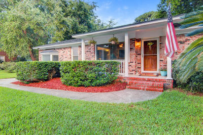 Lawton Bluff Single Family Home Contingent: 1110 Winborn Drive
