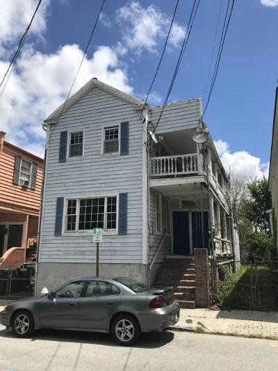 Multi Family Home For Sale: 54 Hanover