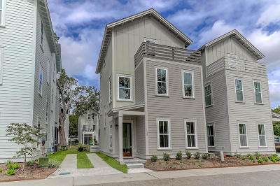Mount Pleasant Single Family Home For Sale: 133 Bratton Circle
