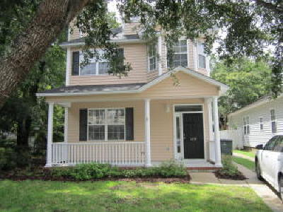 Jamestowne Village Single Family Home For Sale: 1439 Swamp Fox Lane