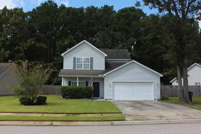 Goose Creek Single Family Home For Sale: 119 Pointer Drive