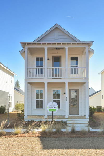 Single Family Home For Sale: 104 Clear Bend Lane