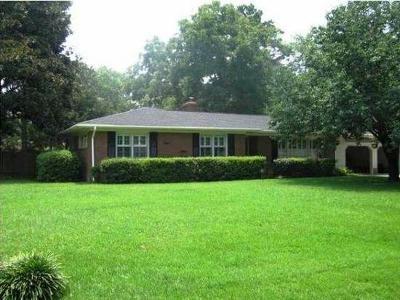 Charleston Single Family Home For Sale: 1629 Timothy Street