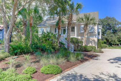Isle Of Palms Single Family Home For Sale: 26 Hidden Green Lane