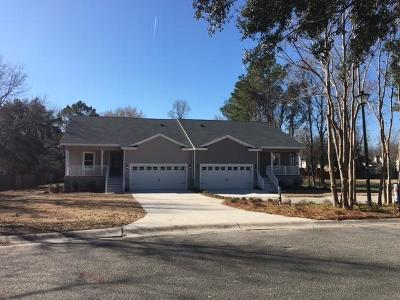 Summerville Multi Family Home For Sale: 302 & 306 Woodlake Drive