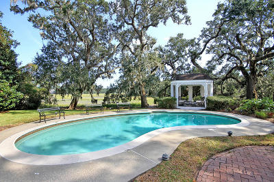 Stiles Point Plantation Single Family Home For Sale: 915 Paul Revere Court