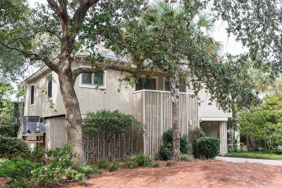 Isle Of Palms Single Family Home For Sale: 23 Sandcrab Court