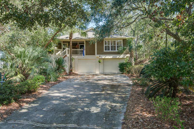 Isle Of Palms Single Family Home For Sale: 36 Beachwood W