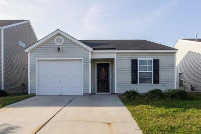 Summerville Single Family Home For Sale: 150 Tyger Street