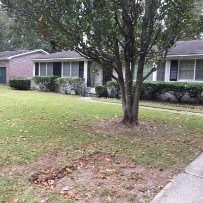 Charleston Single Family Home For Sale: 755 Canary Drive