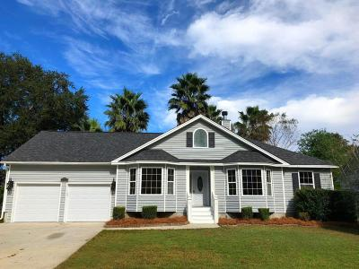 Charleston Single Family Home For Sale: 2224 Asheford Place Drive
