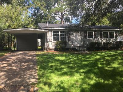Single Family Home Contingent: 1556 Larry Street