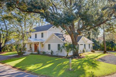 Mount Pleasant Single Family Home For Sale: 1314 Erckmann Drive
