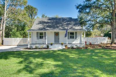 Mount Pleasant Single Family Home For Sale: 1482 Simmons Street