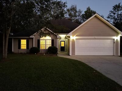 Moncks Corner Single Family Home For Sale: 1008 Striper Avenue