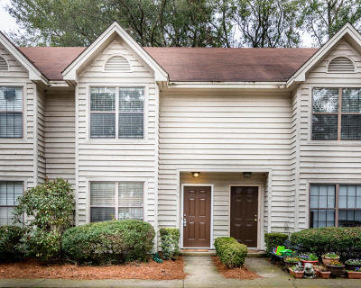 Mount Pleasant Attached For Sale: 896 Seagull Dr