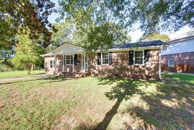 Single Family Home For Sale: 5338 Parkside Drive
