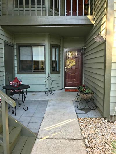 Attached For Sale: 858 Catalpa Court #603