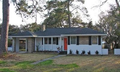 Charleston Single Family Home For Sale: 64 Chadwick Drive