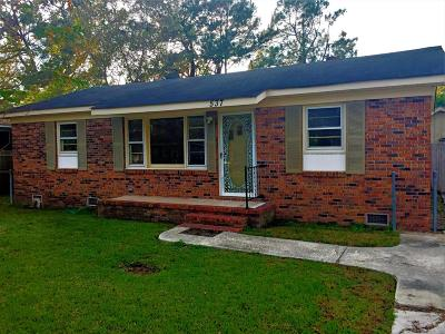 Goose Creek Single Family Home Contingent: 537 Hansford Drive
