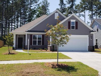 Summerville Single Family Home For Sale: 225 Saxony Loop
