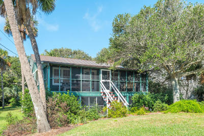 Folly Beach SC Single Family Home Contingent: $799,000