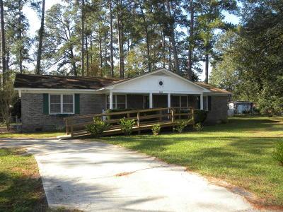 Walterboro Single Family Home For Sale: 405 Azalea Drive