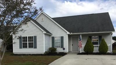 Summerville Single Family Home For Sale: 208 Delafield Drive
