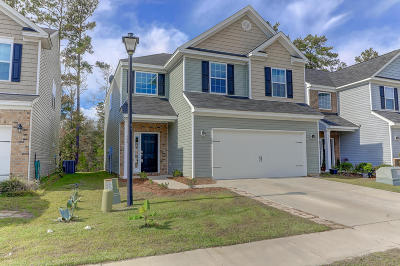 Single Family Home For Sale: 208 Longford Drive