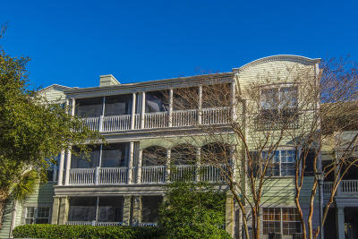 Charleston SC Attached For Sale: $235,000