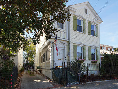 Single Family Home For Sale: 297 Ashley Avenue