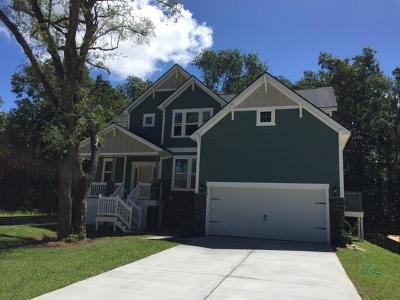 Single Family Home Contingent: 577 Saltgrass Pointe Drive