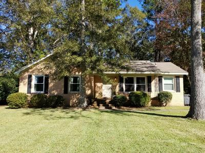 North Charleston Single Family Home For Sale: 7674 Hillandale Road
