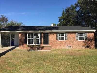 West Ashley Plantation Single Family Home For Sale: 1813 Debbenshire Drive