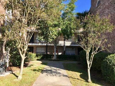 Charleston SC Attached For Sale: $129,000