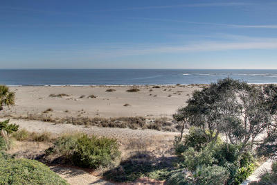Isle Of Palms Attached For Sale: 321 Shipwatch Villa #D321