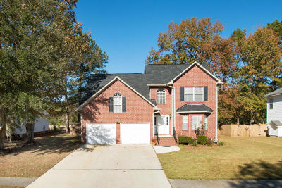 Goose Creek Single Family Home For Sale: 117 Holbrook Lane