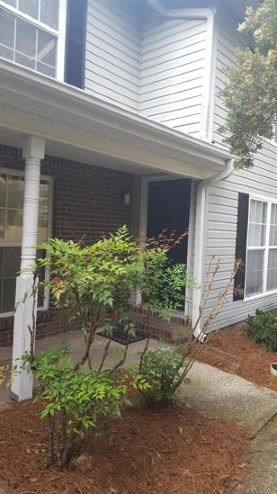 Charleston County Attached Contingent: 2494 Etiwan Avenue #9-A