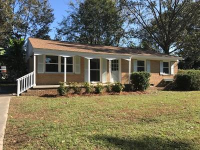 West Ashley Plantation Single Family Home For Sale: 1839 Manigault Place
