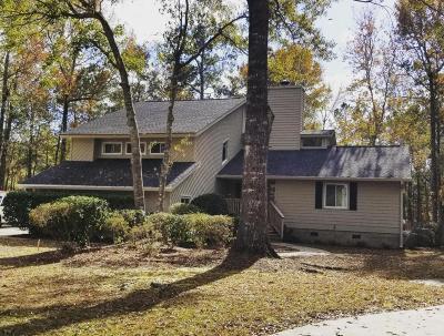 Goose Creek Single Family Home For Sale: 110 Deer Run Court