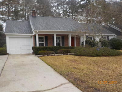 Goose Creek Single Family Home For Sale: 107 York Place