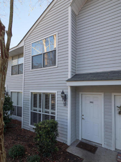 Charleston SC Attached For Sale: $179,000