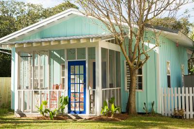 Folly Beach Single Family Home For Sale: 315 E Cooper Avenue