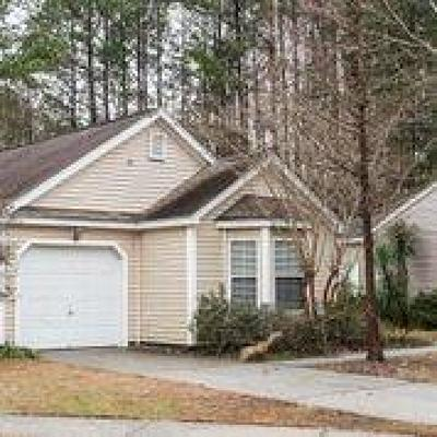 Single Family Home Contingent: 1350 Water Edge Drive