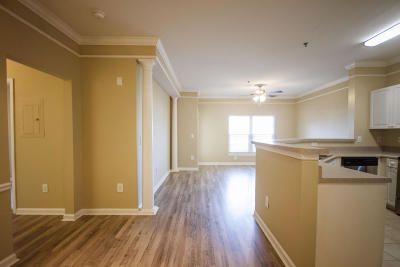 Attached Contingent: 1023 Telfair Way
